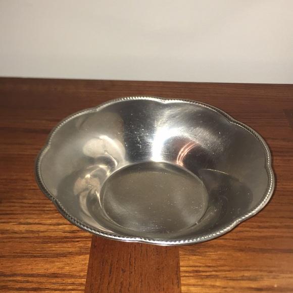 Vintage ALESSI 18/10 Scalloped Edge Serving Bowl
